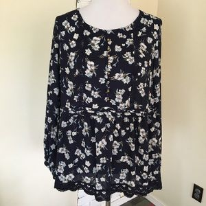 NWT Suzanne Betro Floral Semi Sheer Peasant Tunic